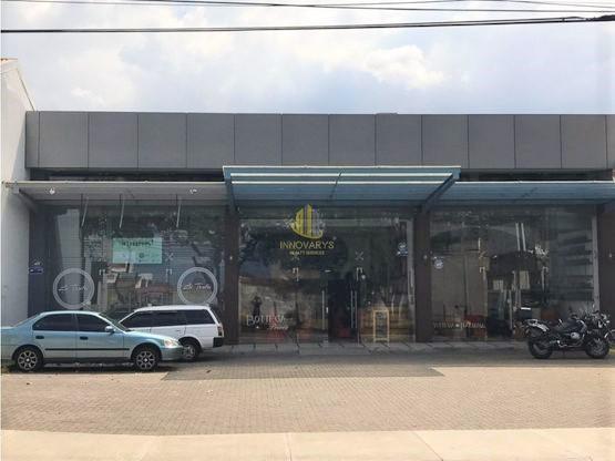 Local comercial de 150 m2 en alquiler, Rohrmoser