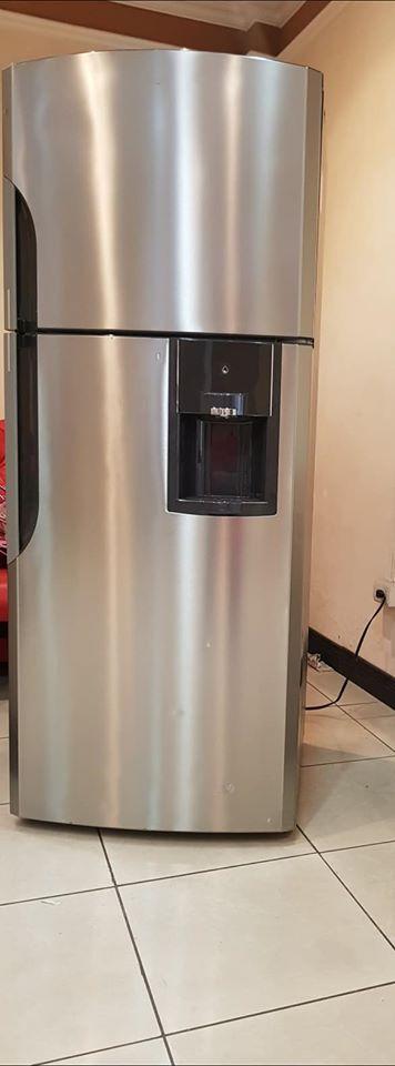 Refrigerado Mabe c/ Dispensador.