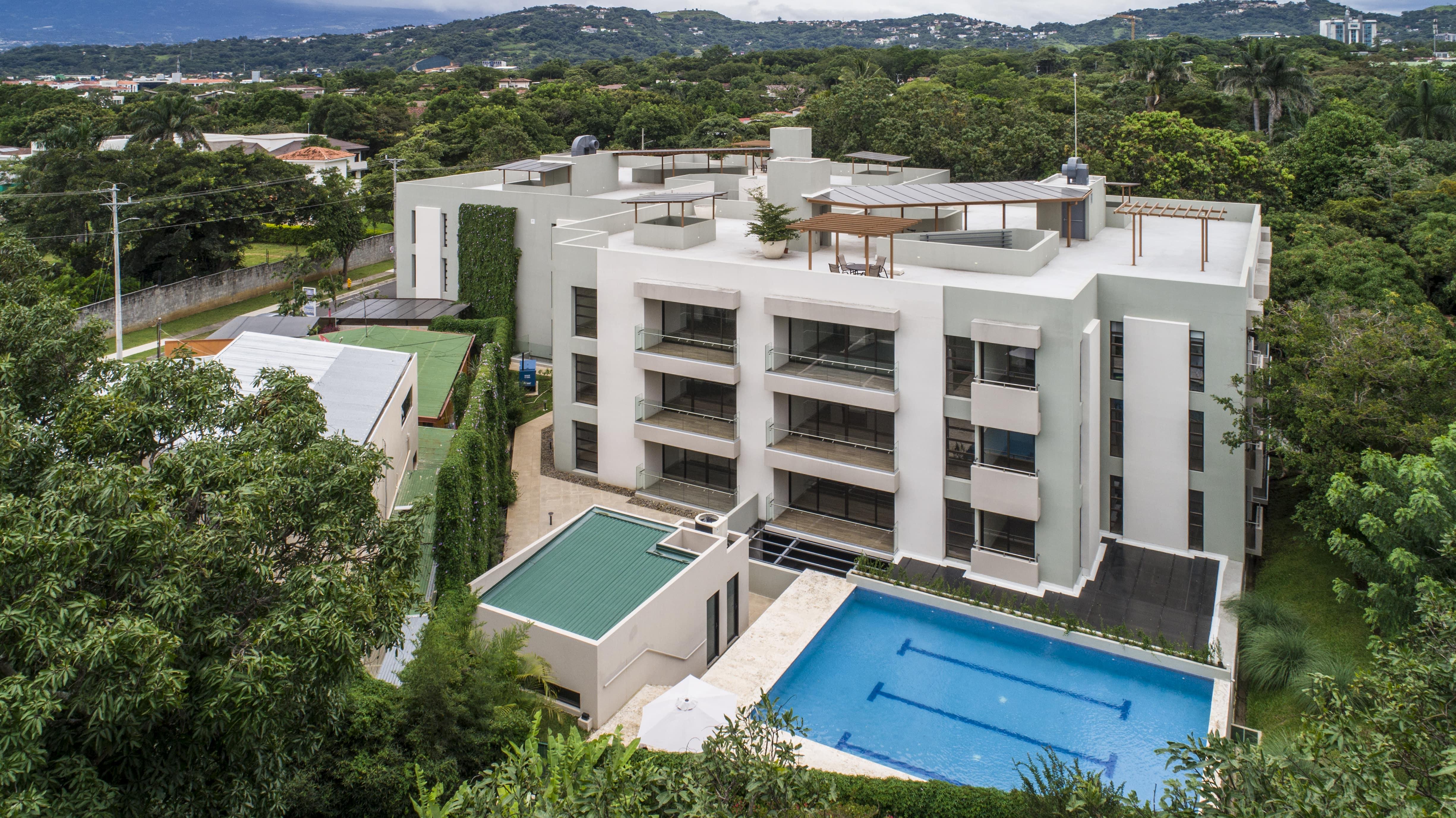 Venta de Apartamento en Condominio en Rio Oro, Santa Ana