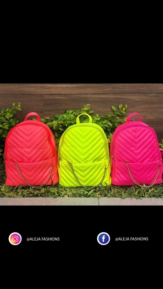 Colección de bolsos colores neón