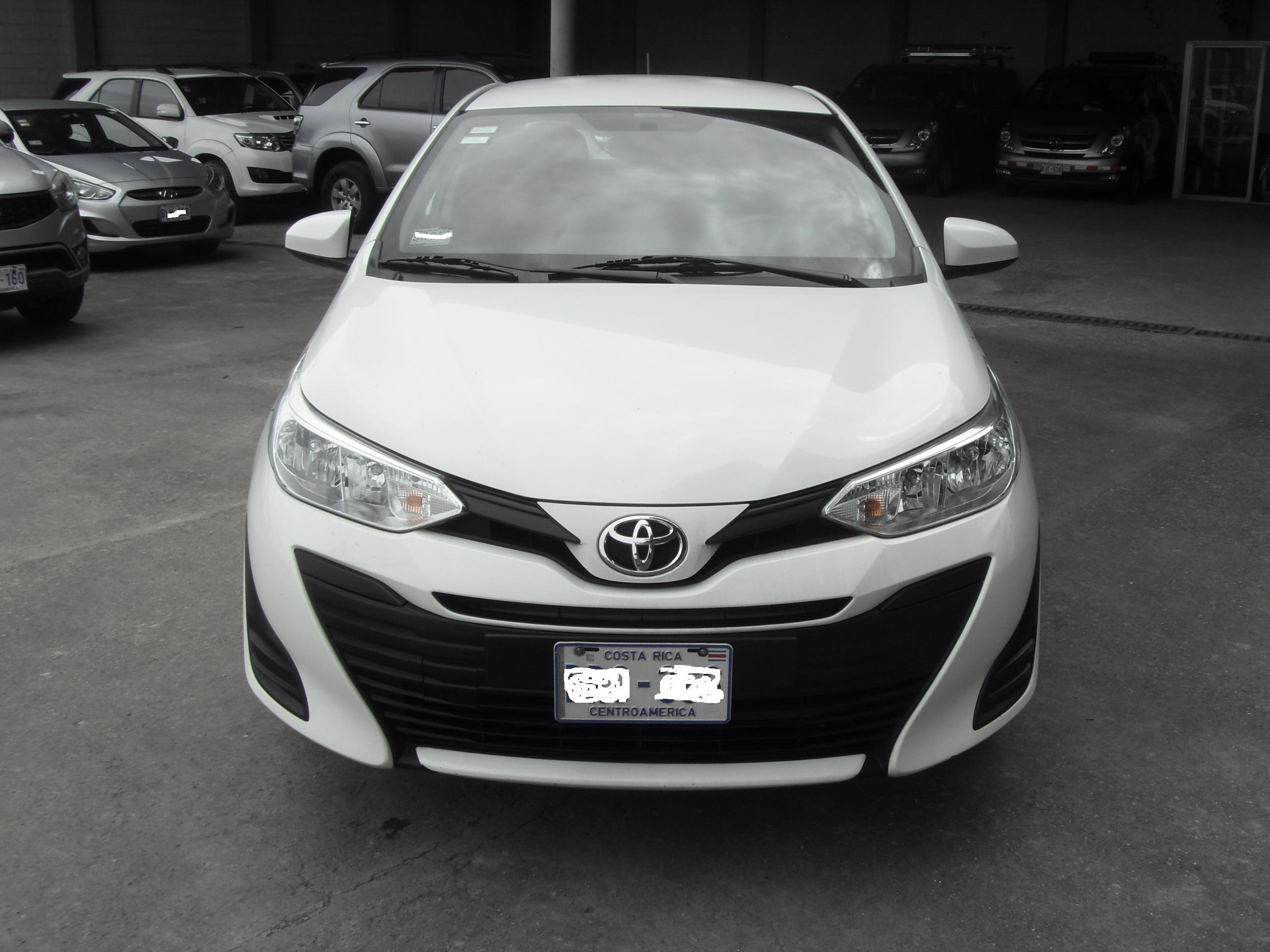 Toyota Yaris E 2019