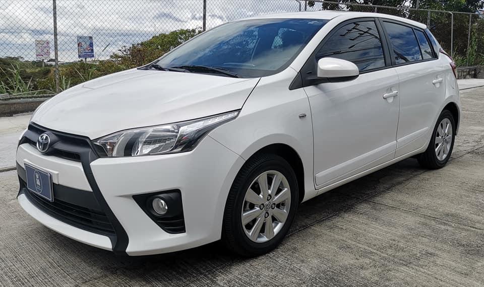 Se vende Toyota Yaris 2017