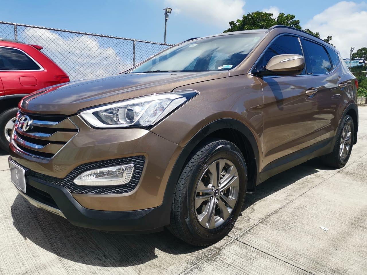 Hyundai Santa Fe GL año 2013
