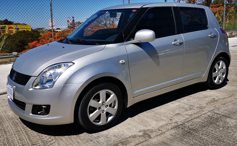 Se Vende Suzuki Swift. Año 2011.