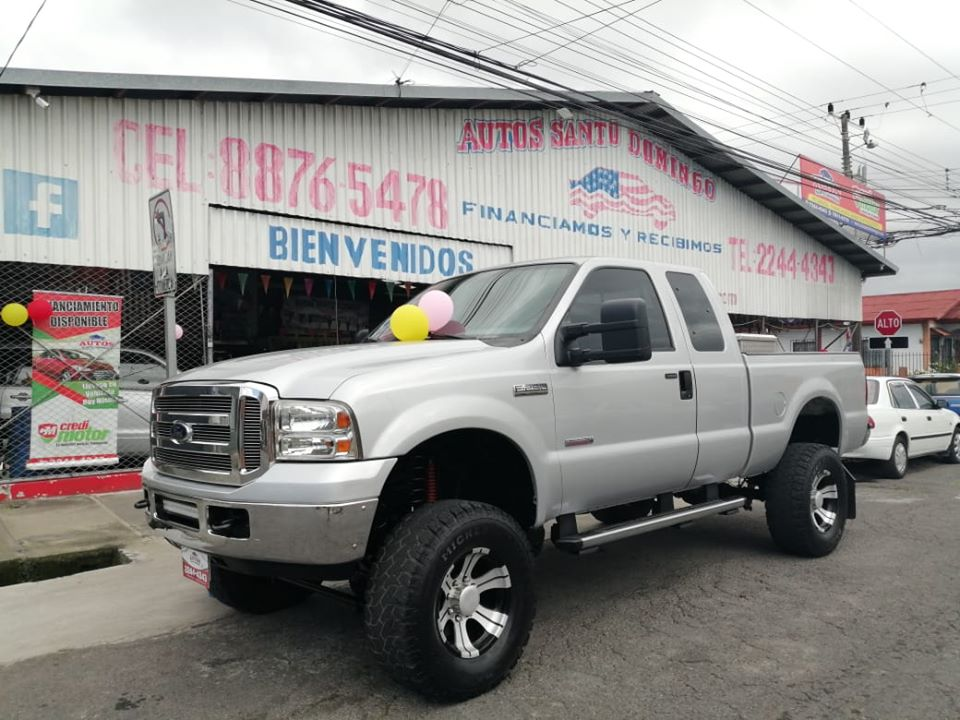 PICK UP FORD F-250 LARIAT-DOBLE CAB 2005-AUTOM ¢11.975.000