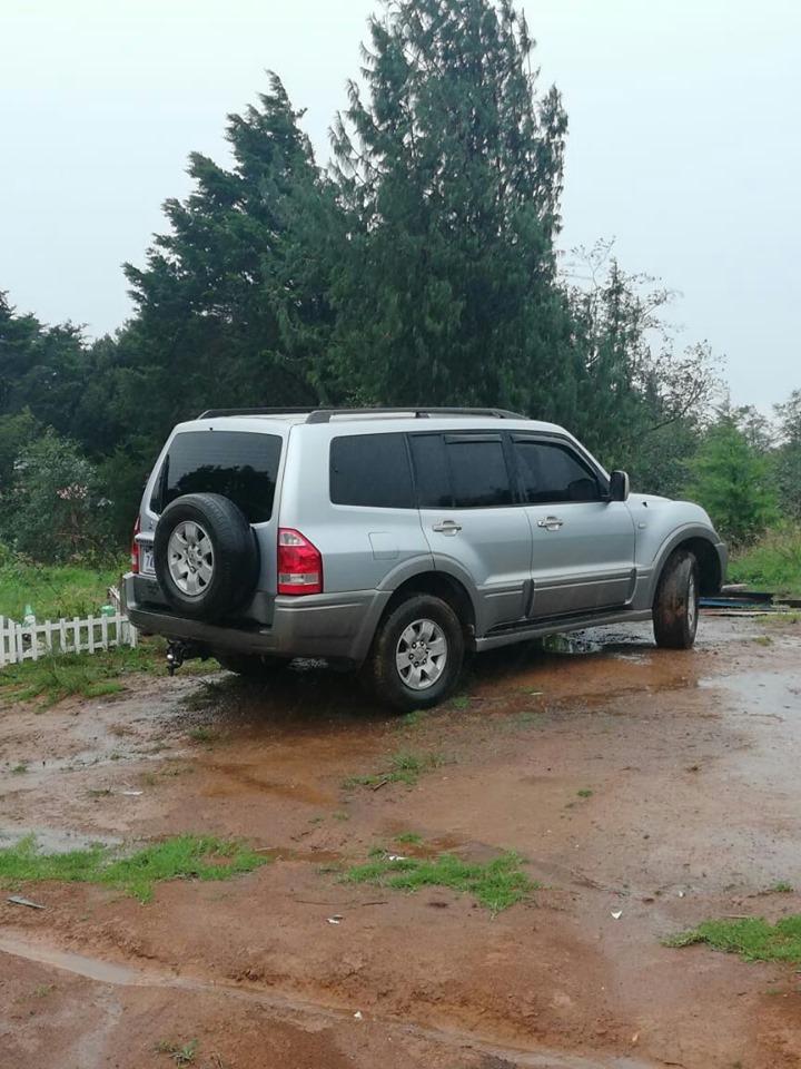 Mitsubishi Montero 2006