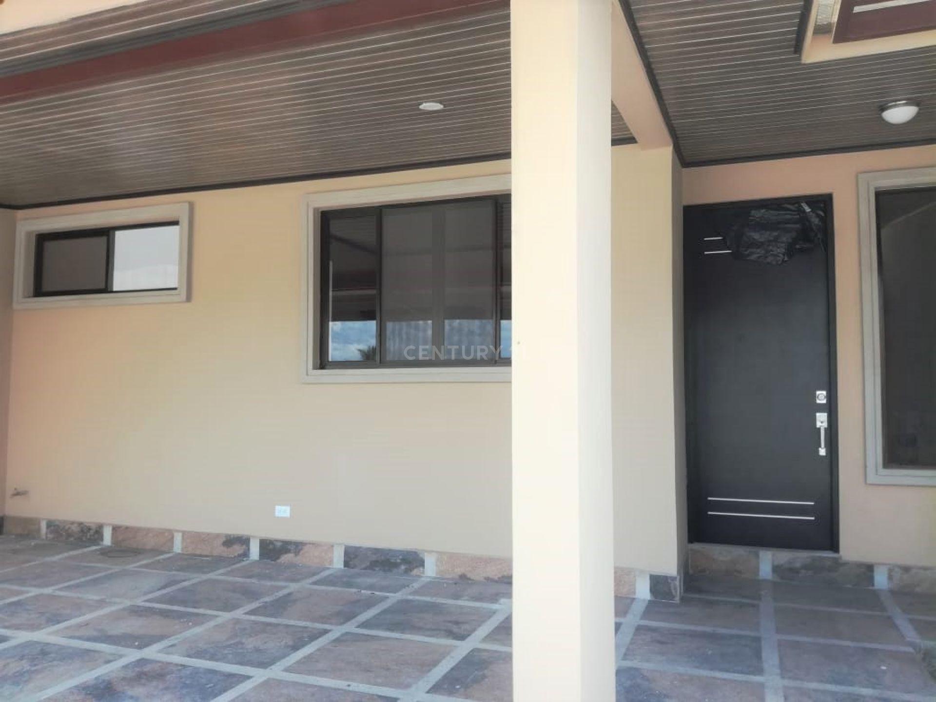 Se vende casa Nueva, en Hacienda El Coyol de Alajuela
