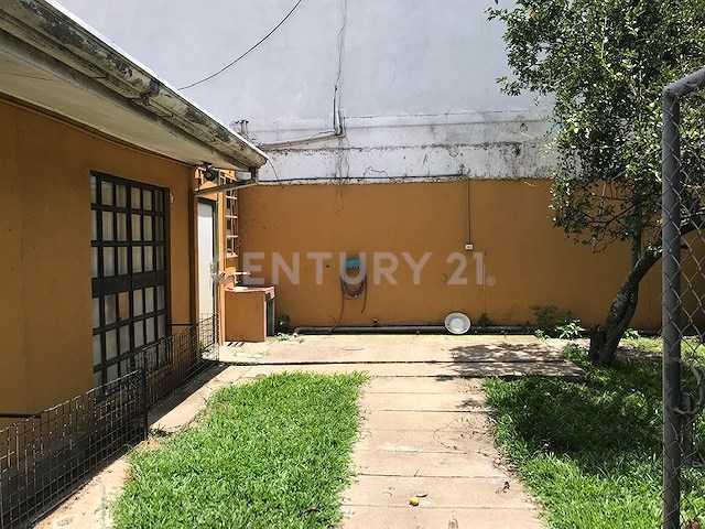 century21_giacomin_c33ce3a9e3c0149d258512be1dedf1d6.jpg