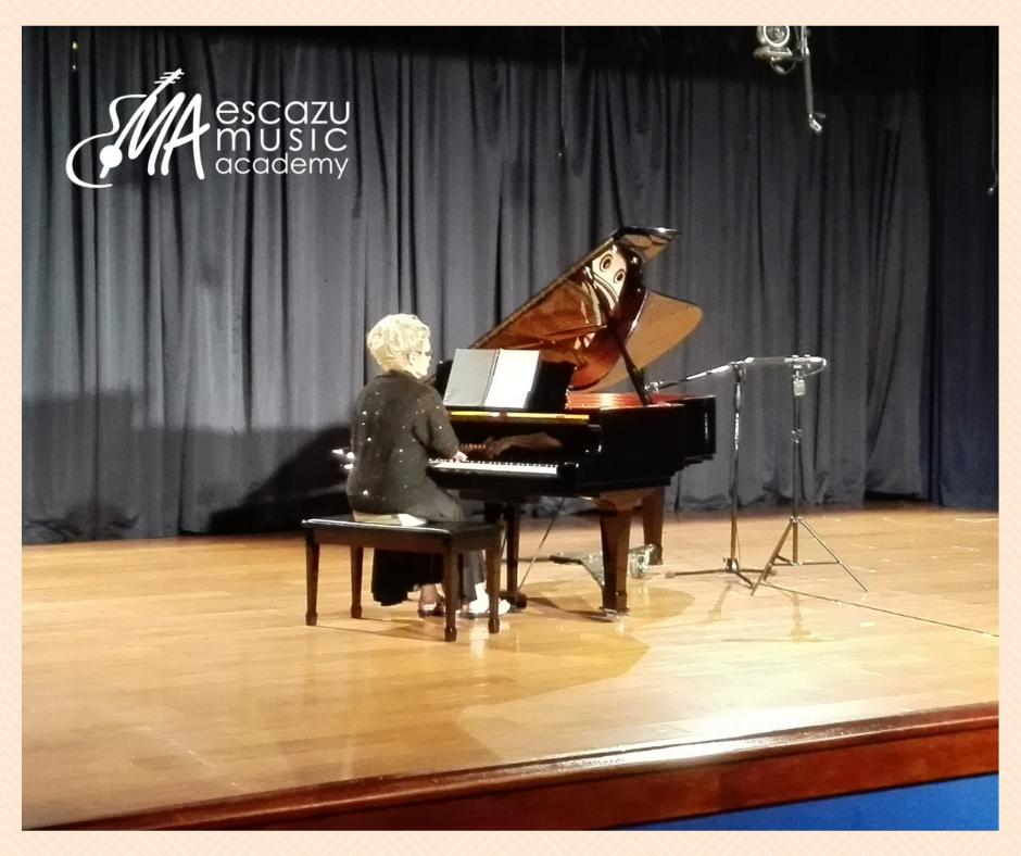 Escazú Music Academy Clases de Piano para Adultos