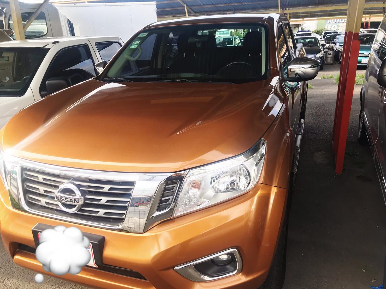Hermosa Nissan Frontier Full Extra 2016