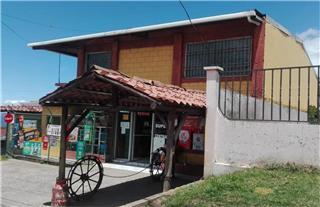 Venta de local comercial en Cartago, Llano Grande, Los Ángeles (26677)