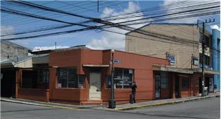Venta de propiedad con uso de suelo mixto en Cartago centro (21264)