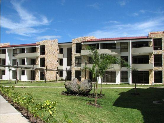 Apartamento con linda vista a la venta, Avalon Country Club Santa Ana