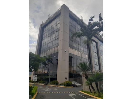 Oficina de 273 m2 en alquiler, Oficentro La Sabana