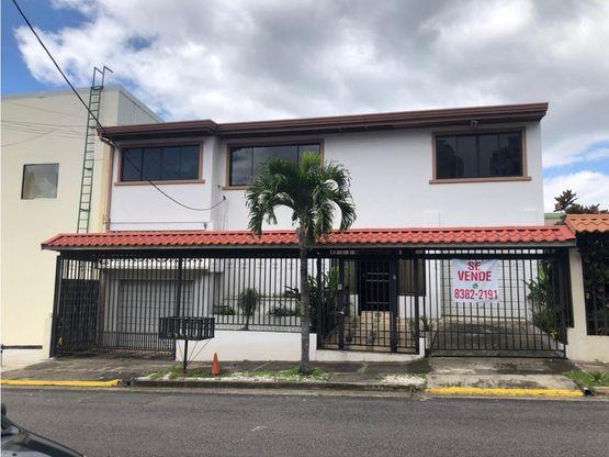 Casa con uso de suelo mixto a la venta, Sabana Oeste