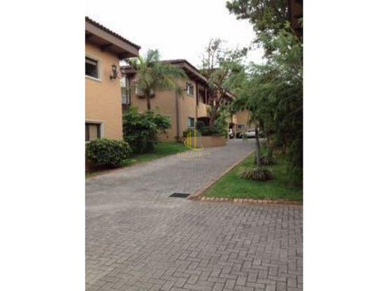 Moderno apartamento en condominio a la venta, Brasil de Mora