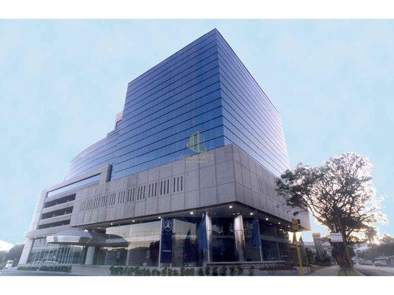 Oficina de 140 m2 en alquiler, Torre Mercedes. Paseo Colón, San José