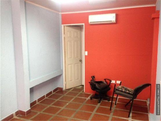 En alquiler local comercial u oficinas cerca del Hospital Psiquiátrico, Pavas