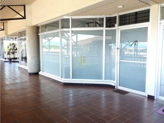 En alquiler local comercial de 77 m2, Centro Comercial Galerías, Rohrmoser