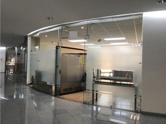 Oficina remodelada de 144 m2 en venta, Spazio Ejecutivo Escazú