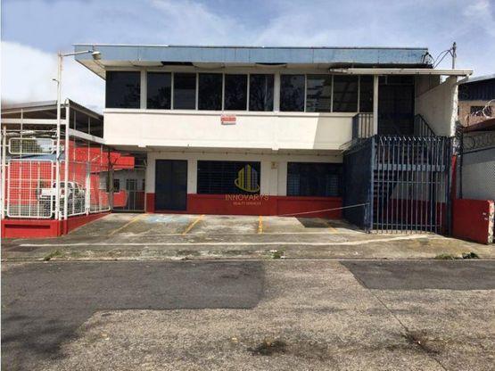 En alquiler edificio con bodegas y oficinas, San José