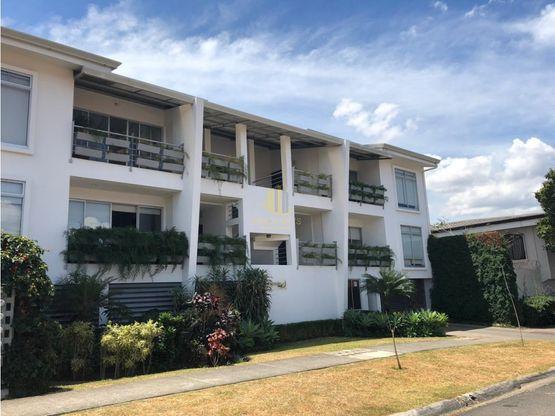 Apartamento semi amuebblado en alquiler, Pozos de Santa Ana