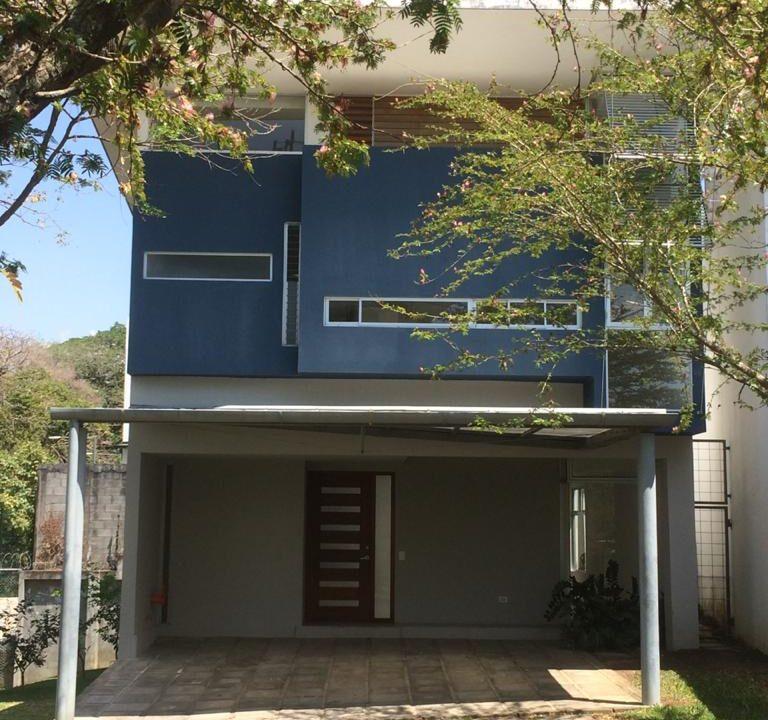 Alquiler de Casa en Santa Ana #73