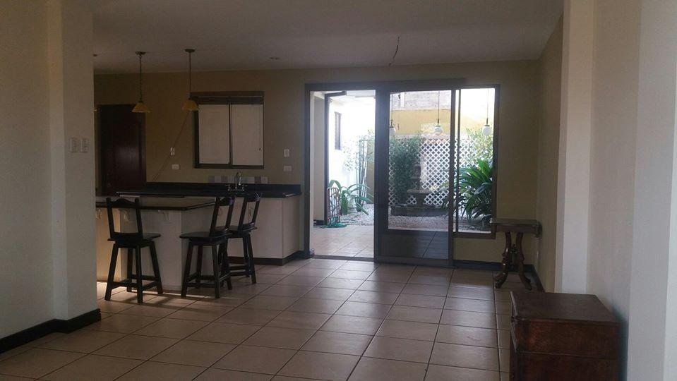 Venta de casa en condominio, Alajuela, $215,000