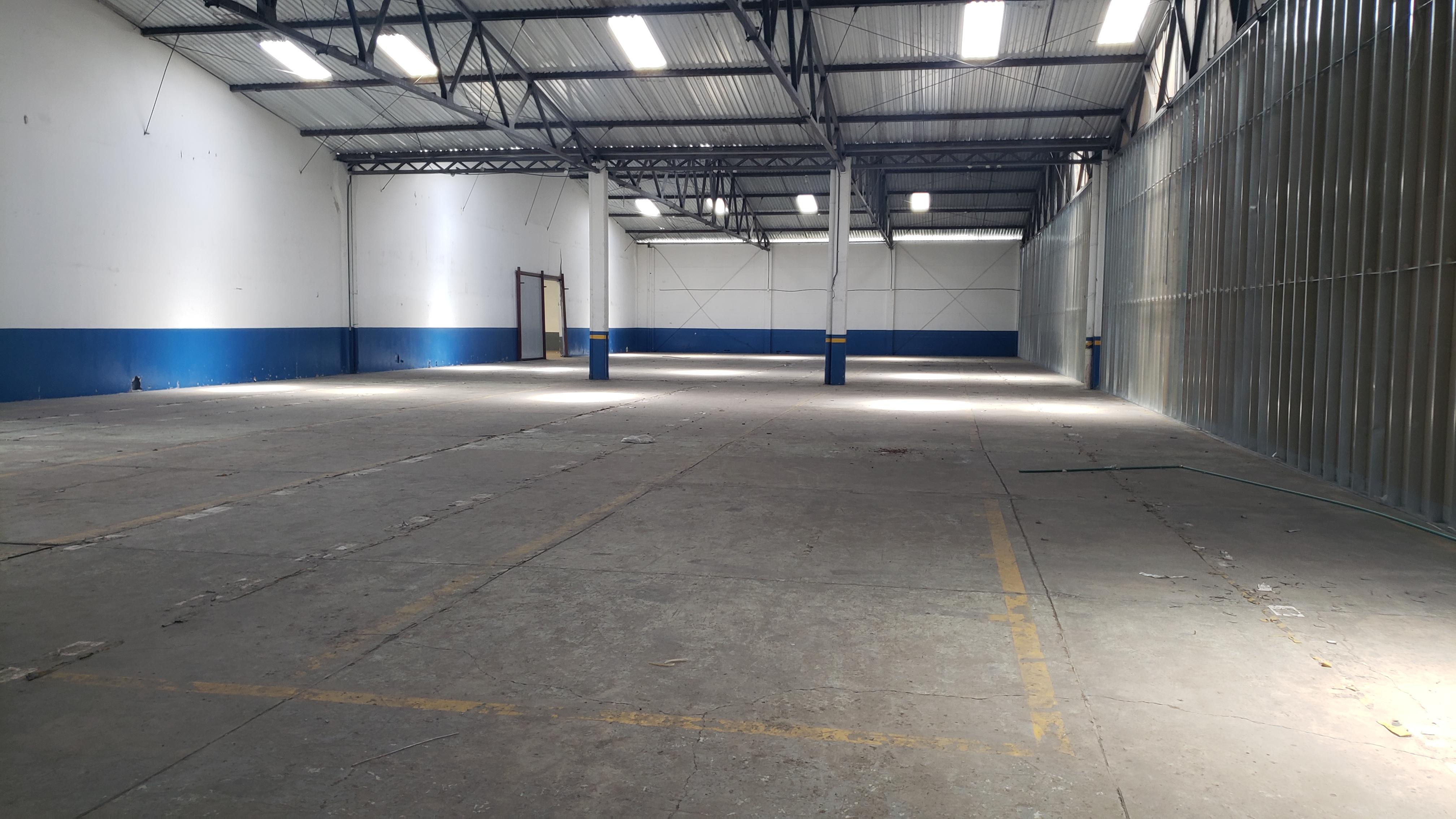 Alquiler de bodega industrial, El Coyol Alajuela, 1.350 m2, $7.425=