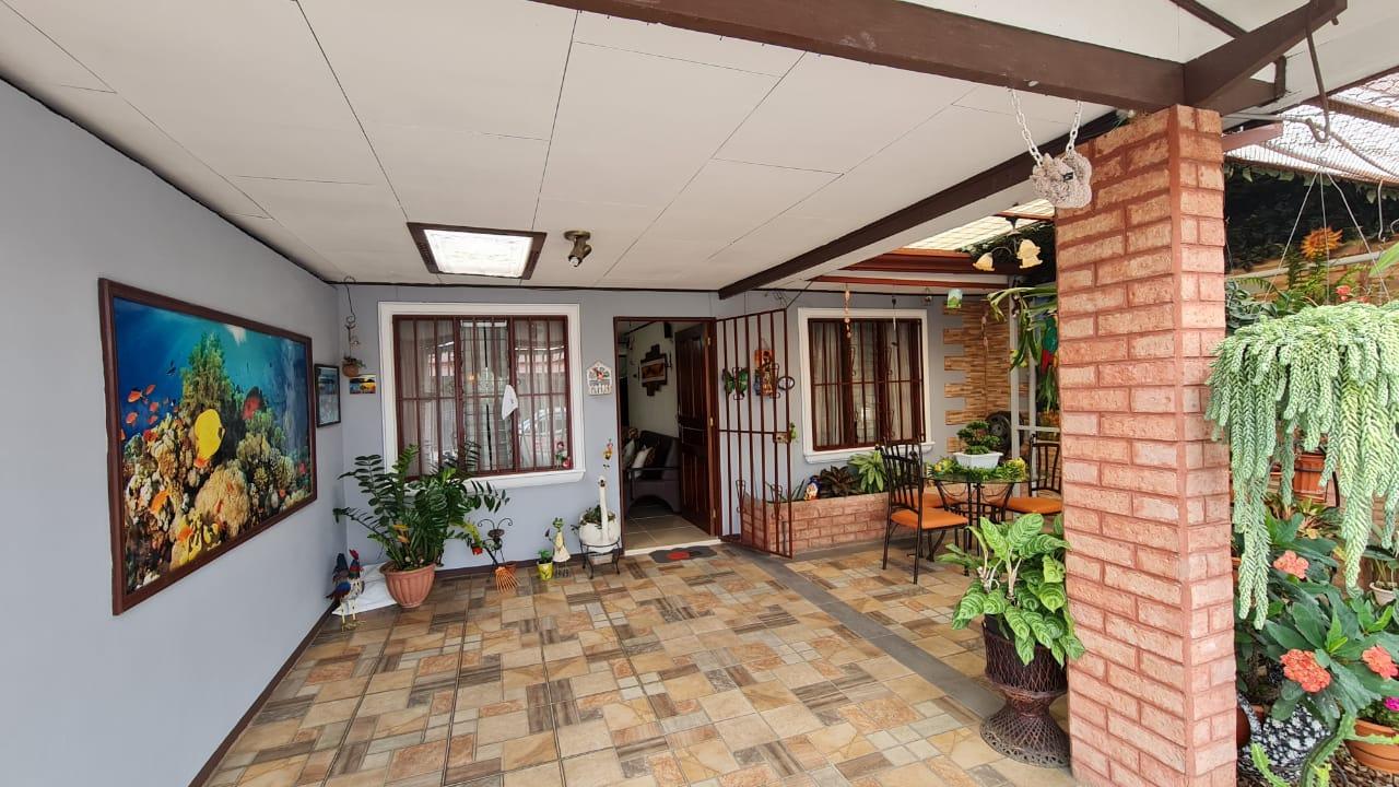 Casa en venta Urbanización Sol Casa, Alajuela.