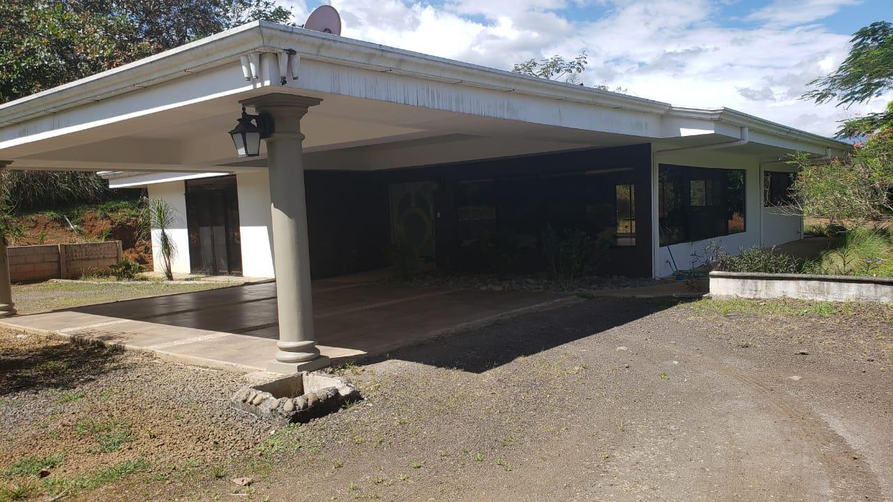 Alquiler de Casa, La Garita de Alajuela, 290m2, $1.500=