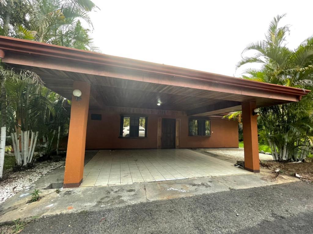 Alquiler de casa, La Garita de Alajuela, 140 m2, $850=