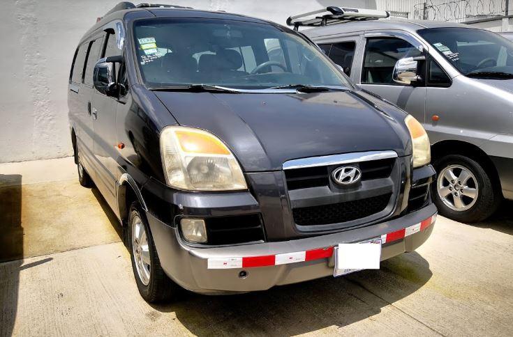 Hyundai Starex año 2004