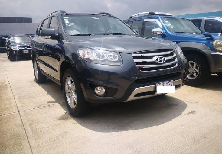 Hyundai Santa Fe año 2012