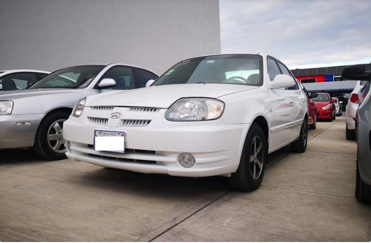 Hyundai Accent año 2004