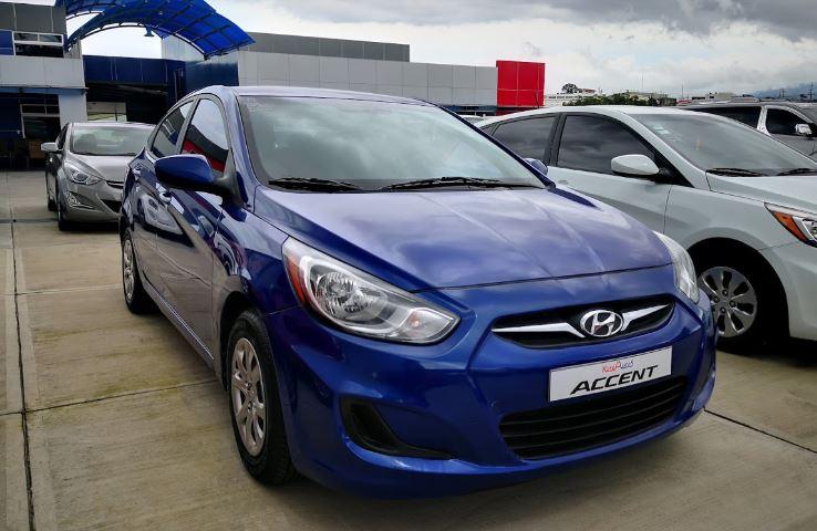 Hyundai Accent año 2013