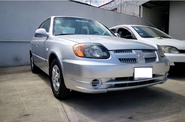 Hyundai Accent año 2002