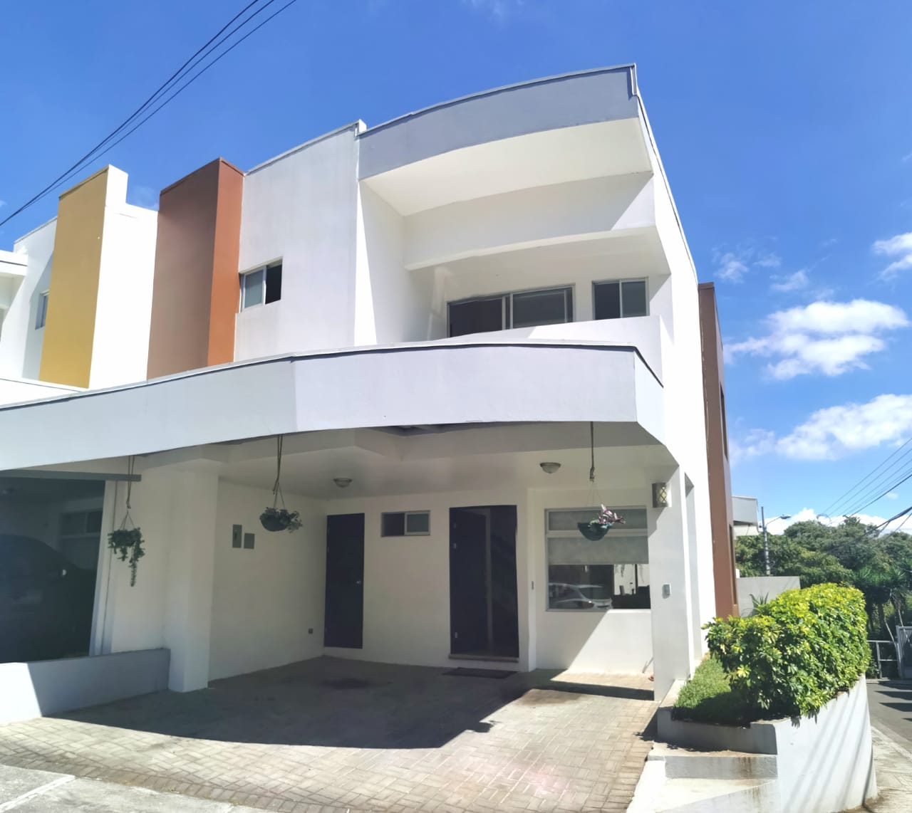 Se Vende Casa en Condominio, Tibás, San José