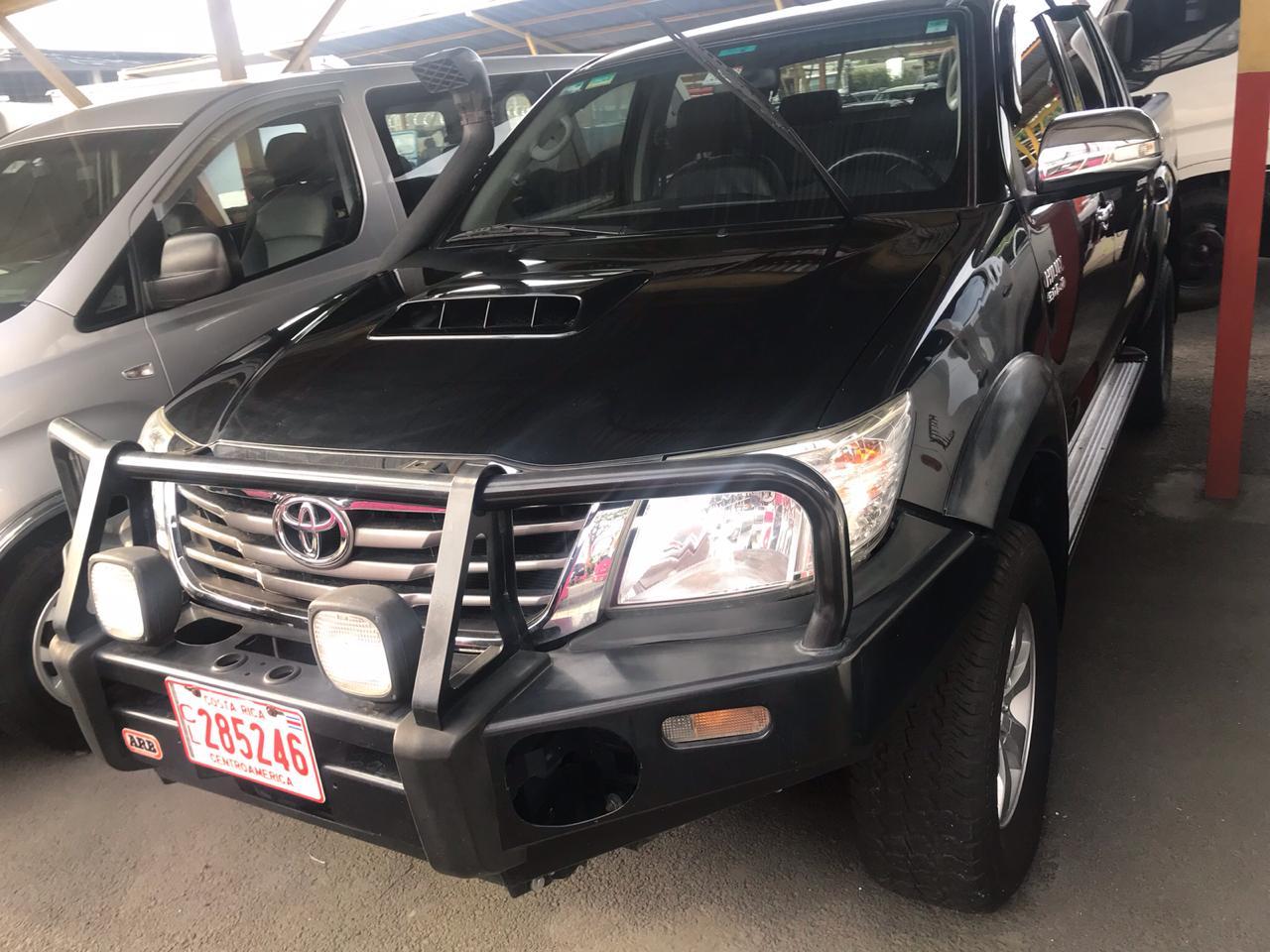 Toyota Hilux 4x4 SRV 2015