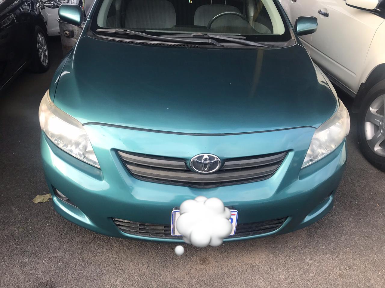 Se vende Toyota Corolla 2009