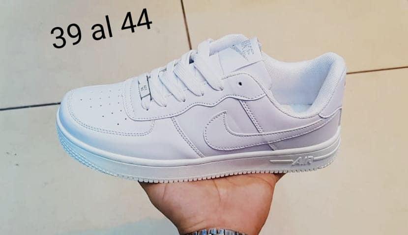 Nike AirForce Mujer
